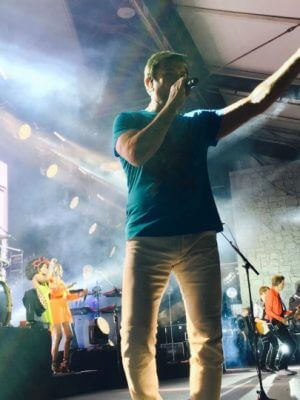 Simon LeBon of Duran Duran singing at Chastain
